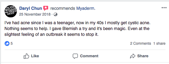 customer-reviewing-myaderm-for-acne